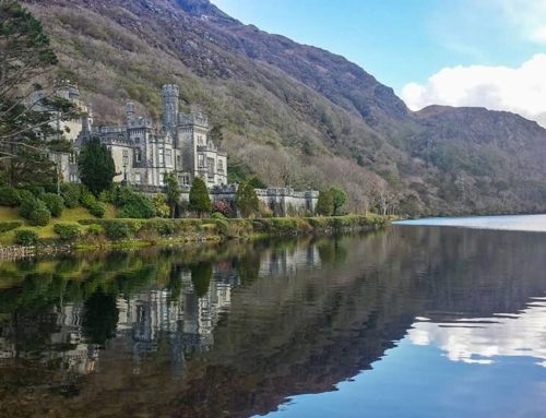 Das Kylemore Abbey in Connemara