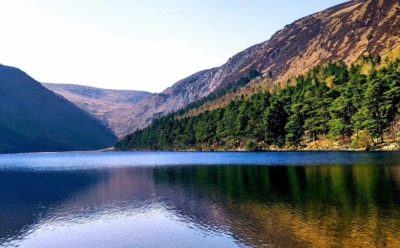 Die Wicklow Mountains und Glendalough